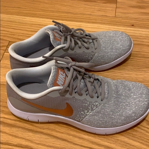 Nike Womens Size 9 Sneakers Gray With